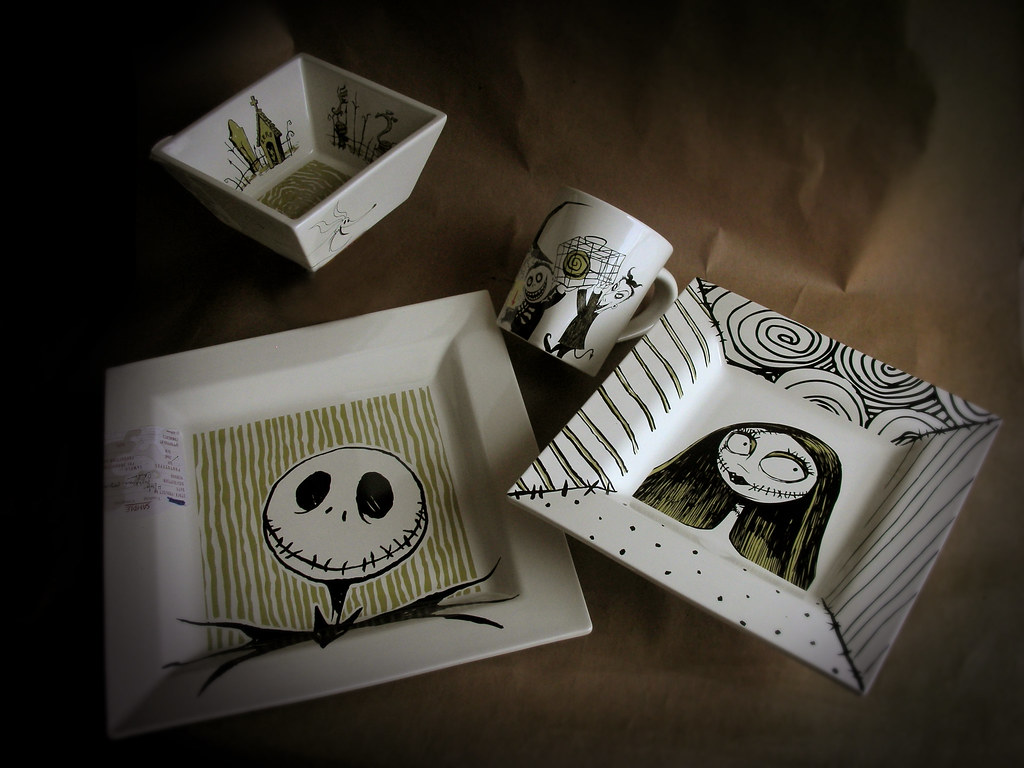 Nightmare Before Christmas Dinnerware Set Ceramic