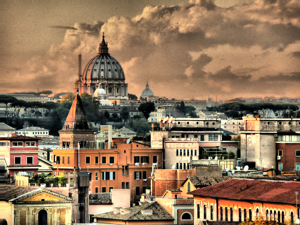 Tetti de roma 2 4 flocks at sunset on roman rooftops for Immobiliare a roma