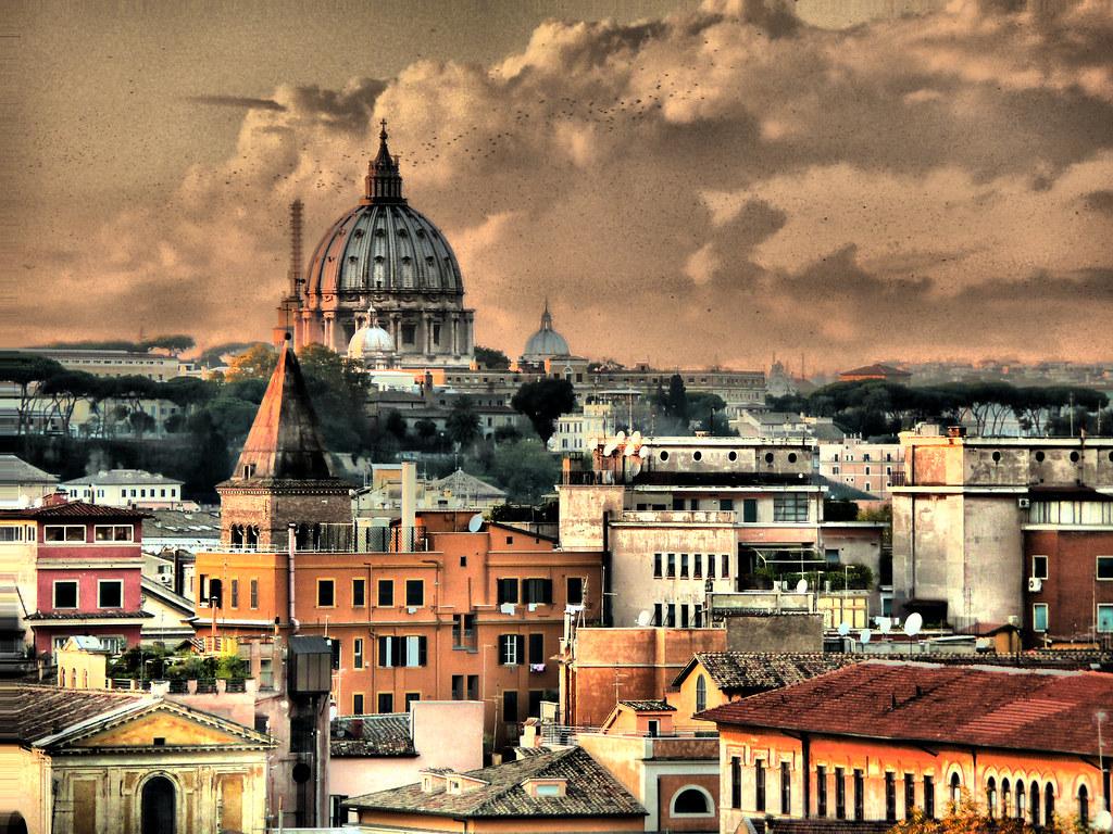Tetti De Roma - 2/4 | Flocks at sunset on Roman rooftops ...