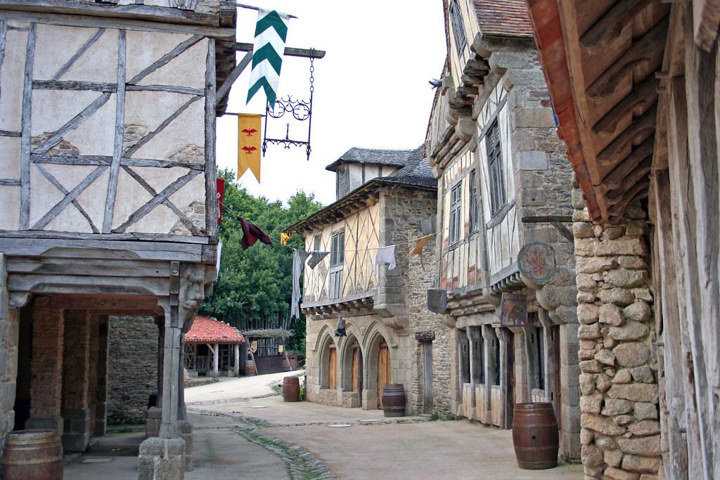 Le puy du fou village m di val laurent kb flickr for Le village du meuble bordeaux