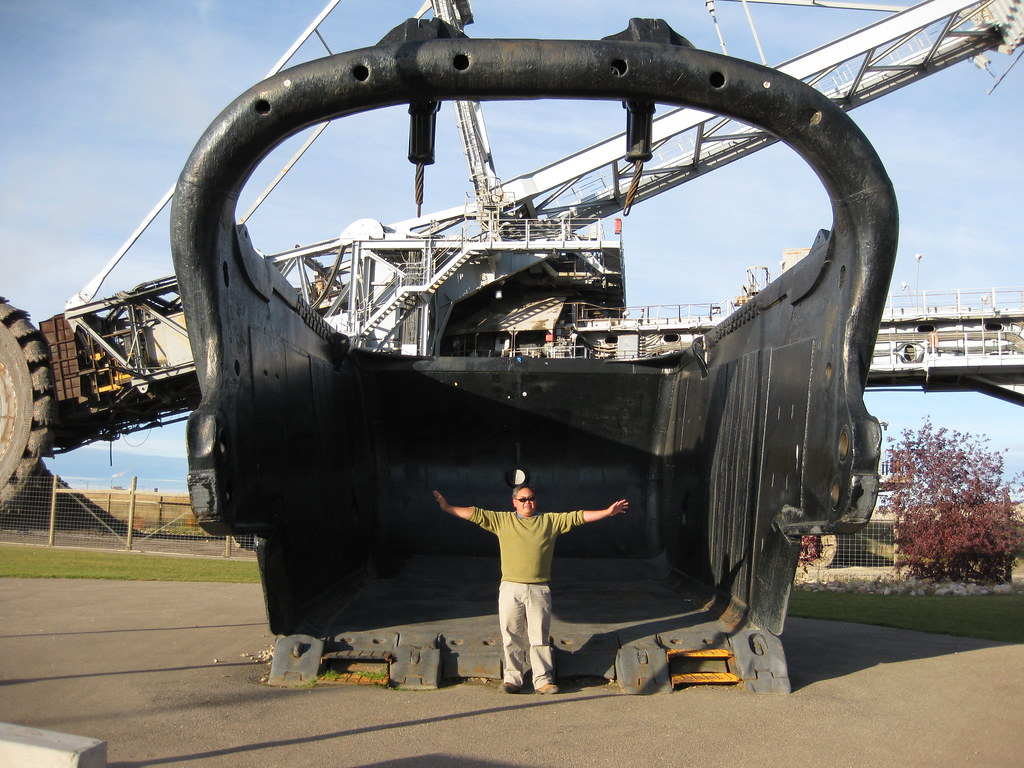 Bucyrus Erie Discovery Dragline This Is The Bucket That Go Flickr
