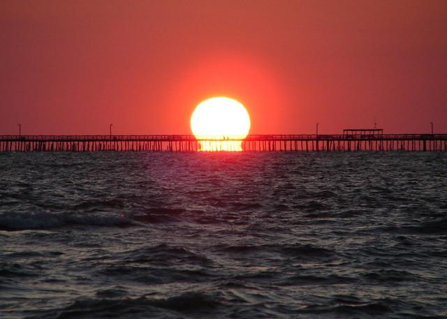 Sunrise over lynnhaven fishing pier 1 6 18 08 taken on for Lynnhaven inlet fishing report
