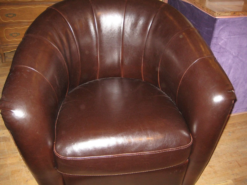 white leather round chair leather swivel chair chocolate leather round back 22009 | 2649106755 3421611b63 b