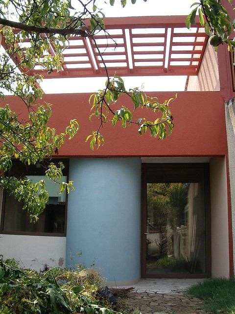 Pessac maison quinconce fa ade jardin le chais gris bleu e for Facade maison gris bleu