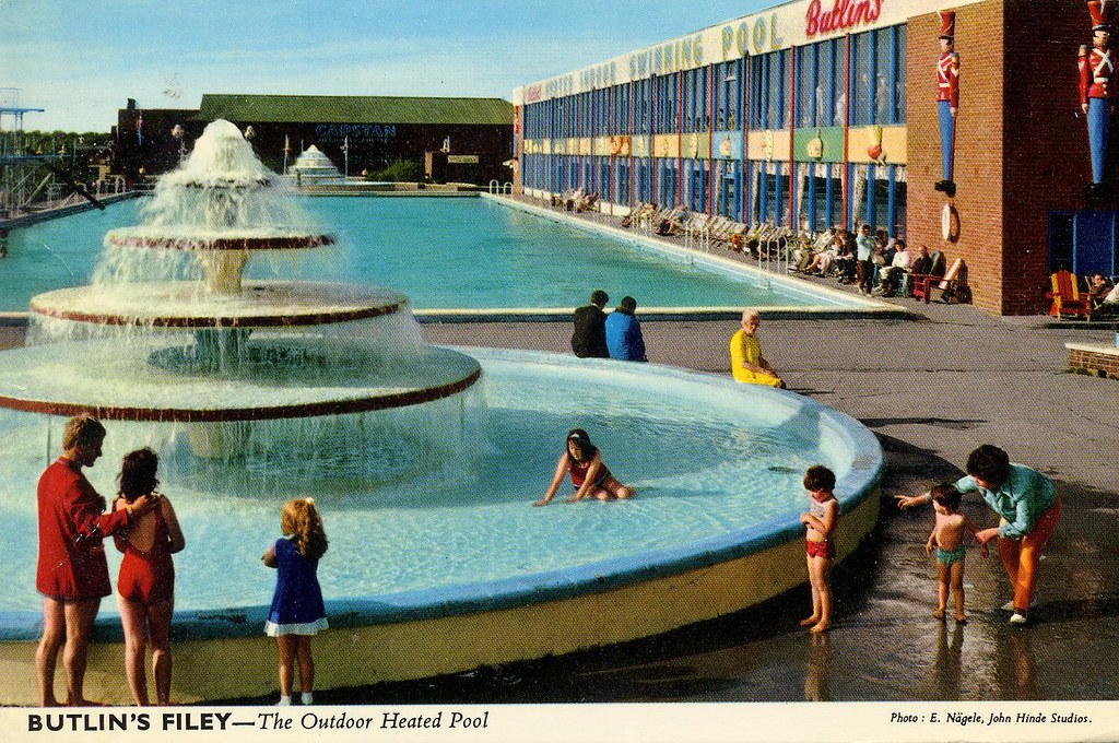 Butlins Filey Outdoor Pool Postcard Late 1960s Flickr