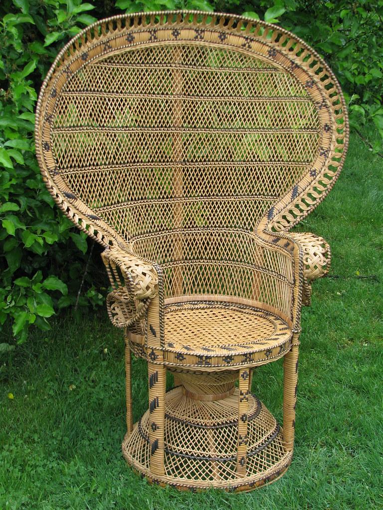 Morticia Addams Family Chair 6044 Morticia Addams