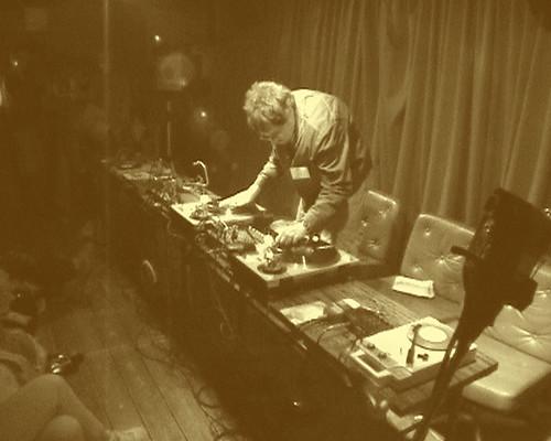 Stefan Beck performing turntablism at Uplink Factory Tokyo