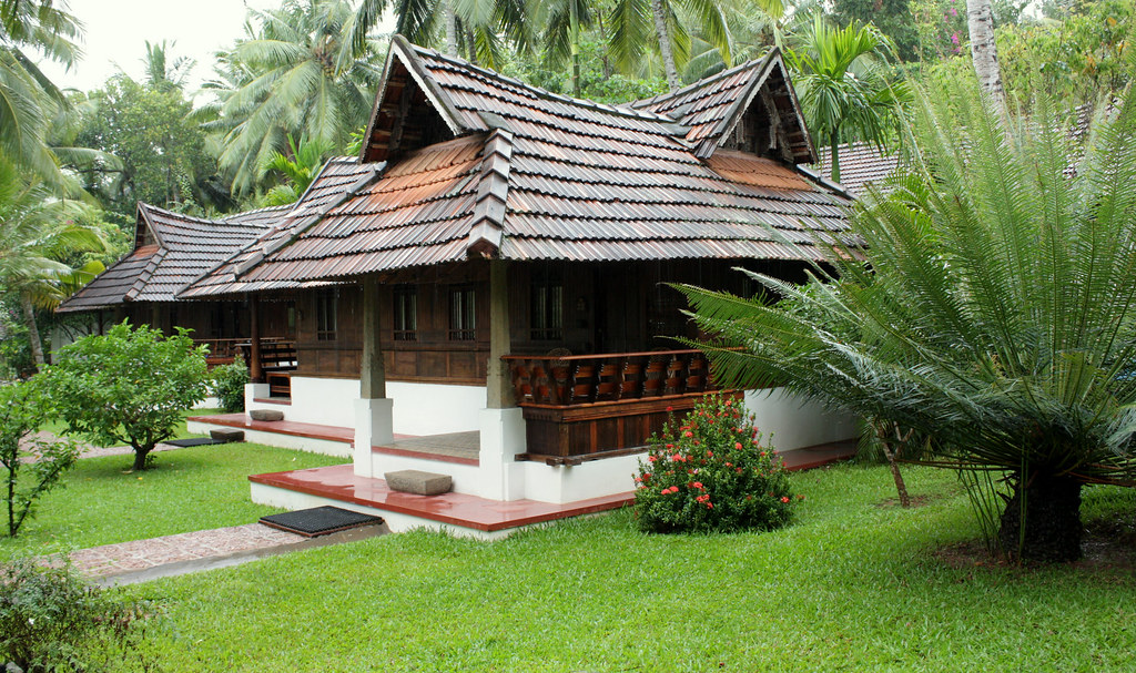 Naalukettu kerala heritage house a typical kerala for Kerala traditional home plans with photos