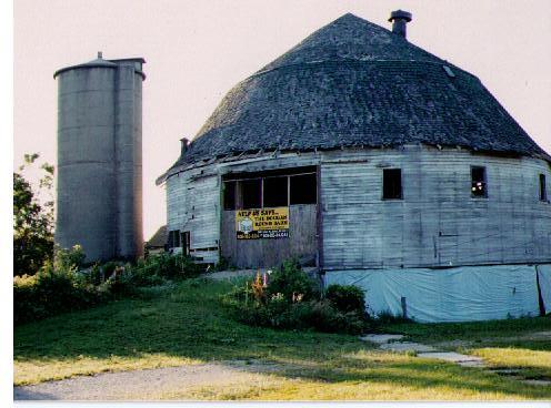 Round Barn In Beloit Wisconsin When This Photo Was