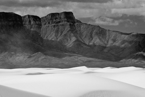 White Sands New Mexico 2-19-2006 12-30-45 PM_0238 | by radzfoto