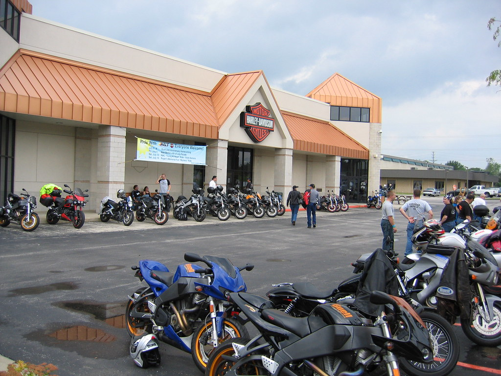 Hal S Harley Davidson New Berlin