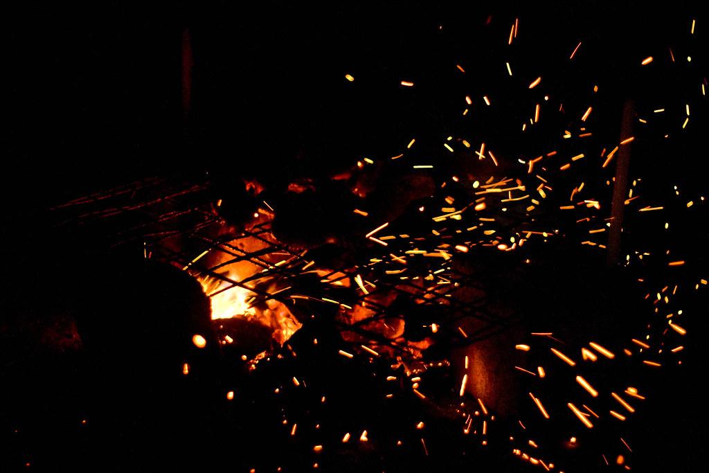 Percikan api shazrezam mat kassim flickr - Api up ...