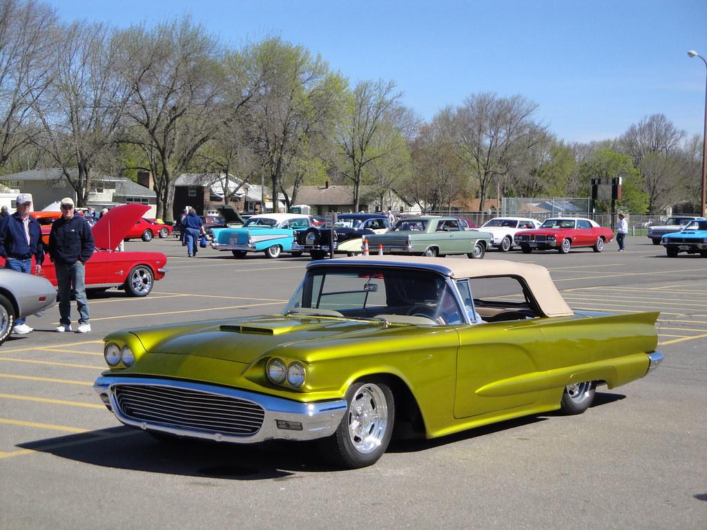 & 1959 Ford Thunderbird | Willmar Car Club willmarcarclub.com/u2026 | Flickr markmcfarlin.com