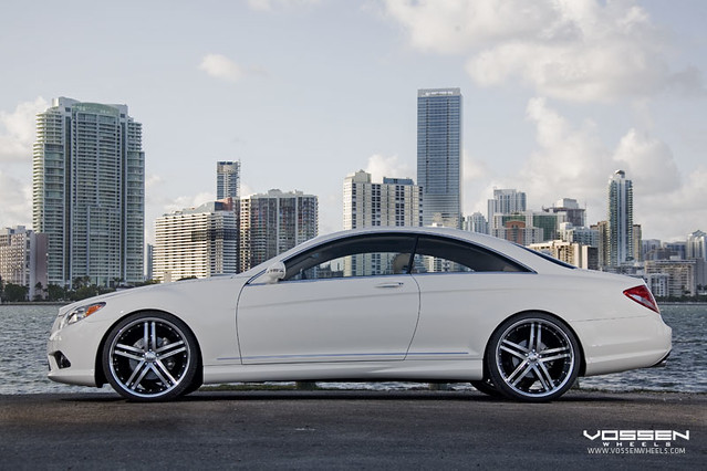 Mercedes Benz CL 550 On Vossen VVS082 Wheels Mercedes