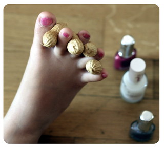 How to paint nails in your feet | by _Max-B