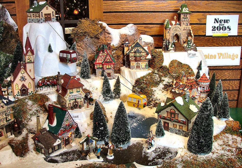 Department 56 - Alpine Village Series Display | Olde World ...