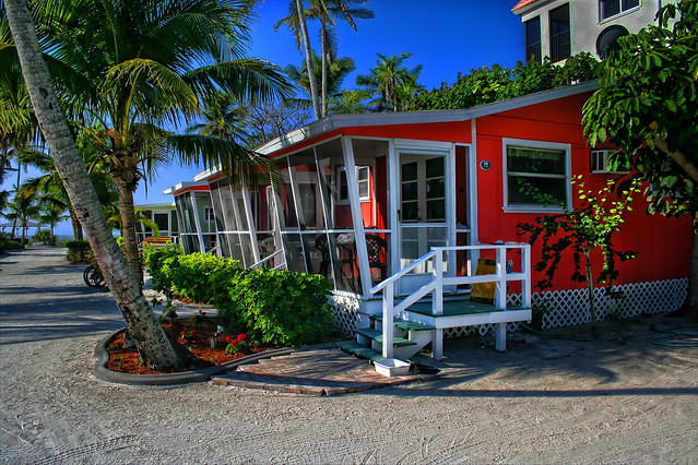 Sanibel Island Hotels: Beach Cottages - Sanibel Island, Florida