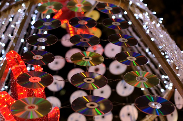 CD Eco-Christmas-Tree | Christmas tree made from recycled ...