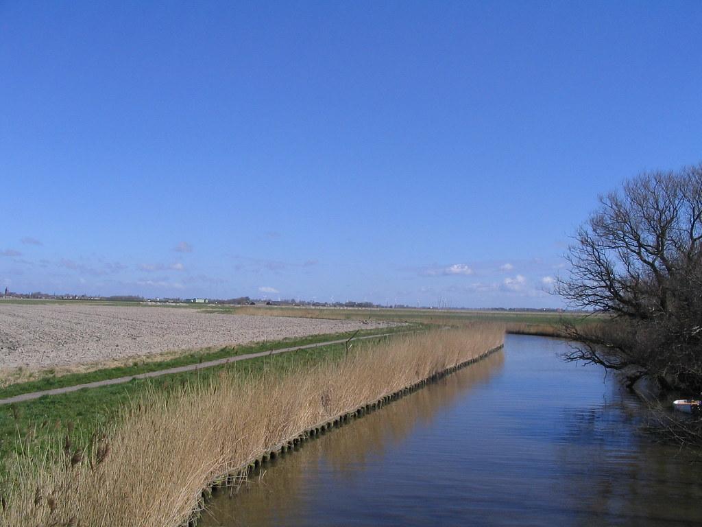 Frisian landscape - flat everywhere / Фрисланд везде плоск ...