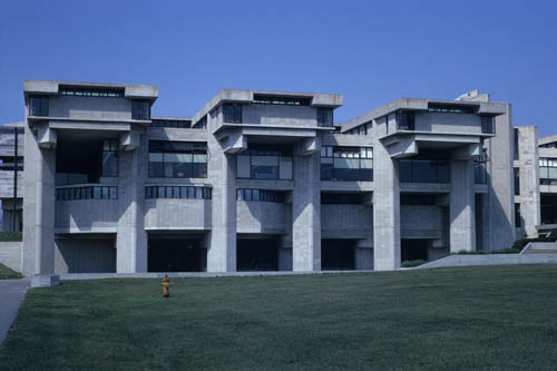 Paul rudolph umass dartmouth 01 a new campus for Umass dartmouth architecture 666