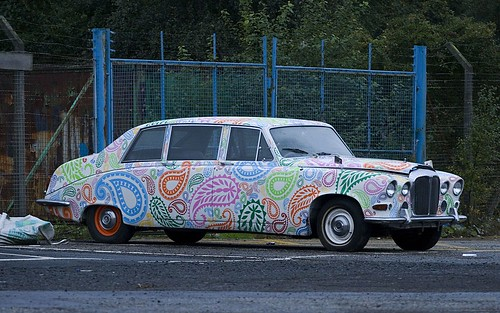 Psychedelic limo in not-so-salubrious surroundings | by gdelargy