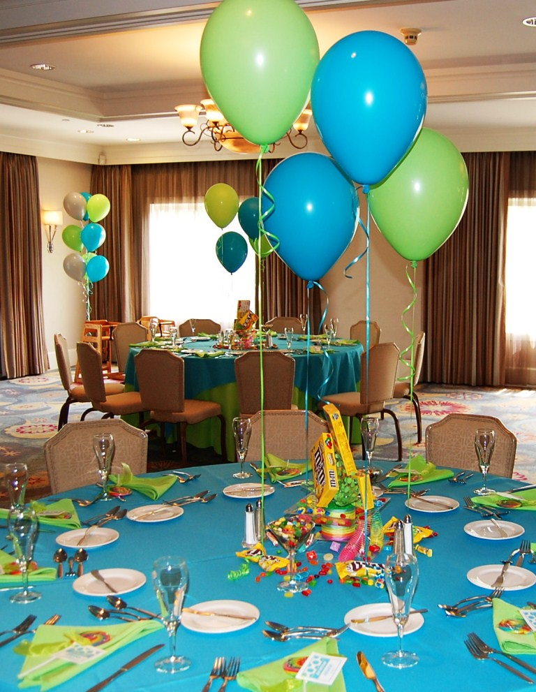 Candy centerpieces themed party in june