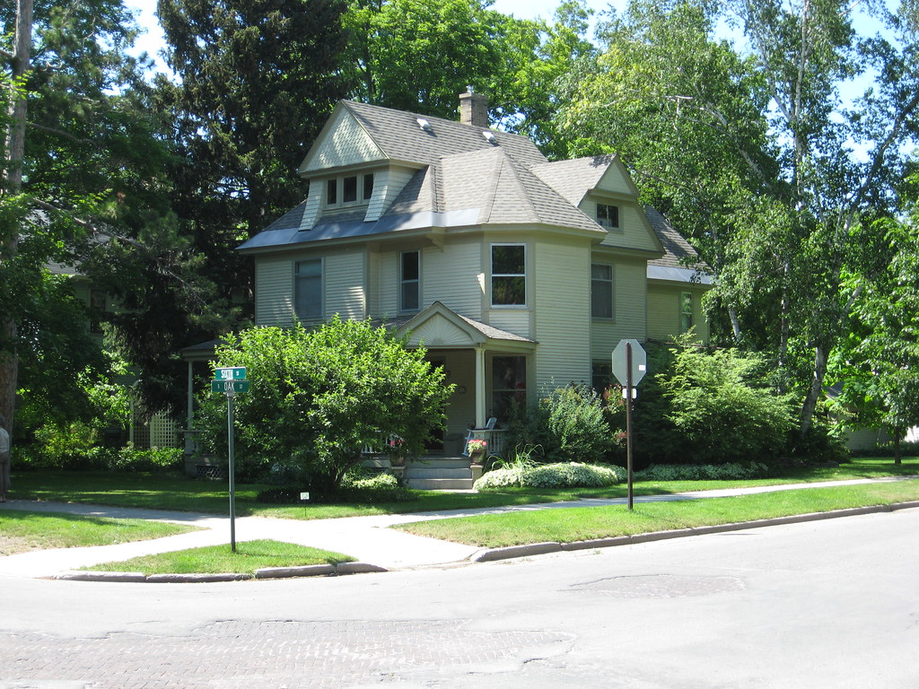 dr james decker munson house traverse city michigan muns flickr. Black Bedroom Furniture Sets. Home Design Ideas