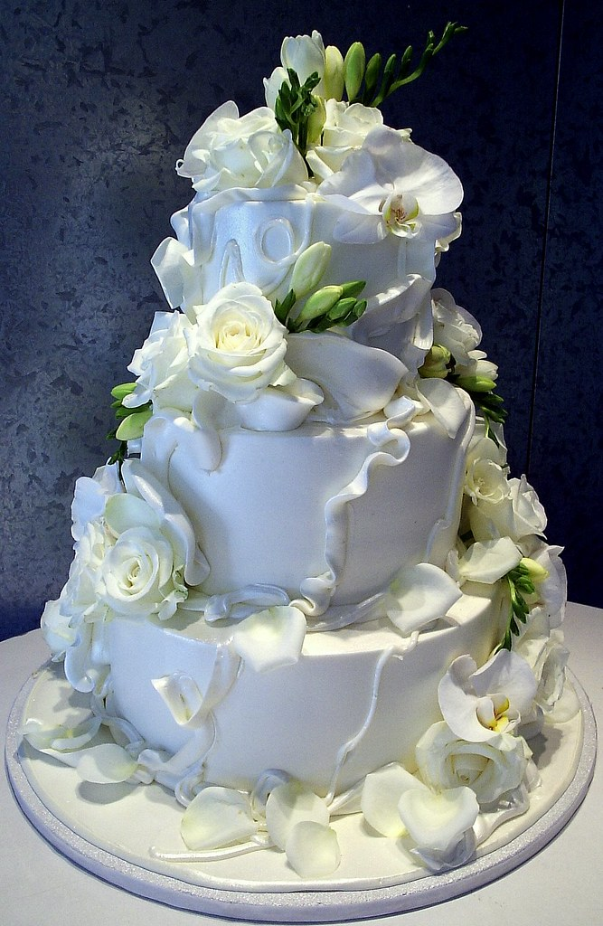 four tier wedding cake with flowers contemporary classic tiered wedding cake with all 14436