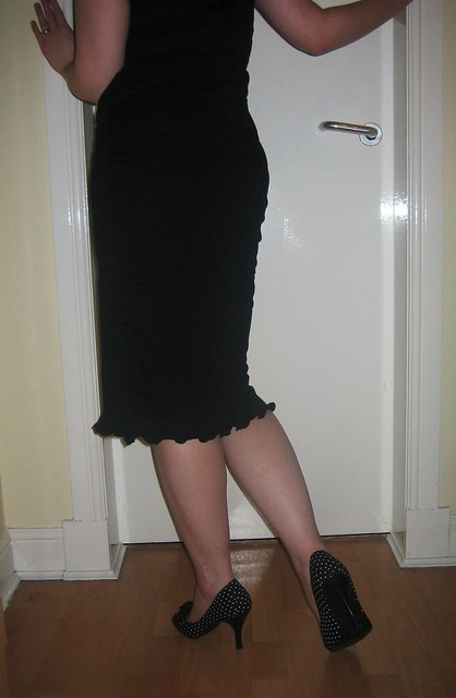 t shirt pencil skirt back flickr photo