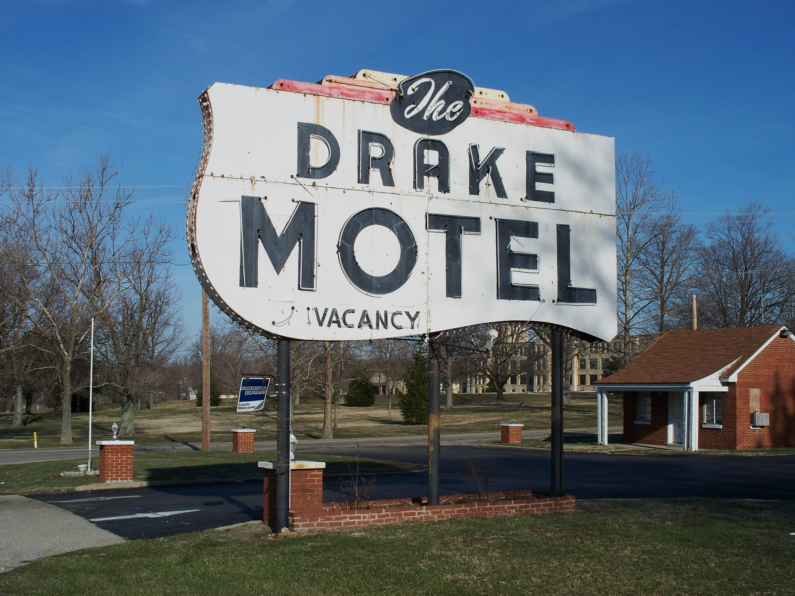 The Drake Motel - 3200 East National Road, Springfield, Ohio U.S.A. - March 29, 2008