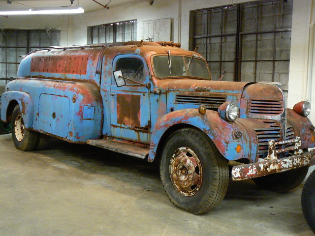 1941 Dodge WK 3 ton with Airflow tanker body | 1941 Dodge 3 … | Flickr