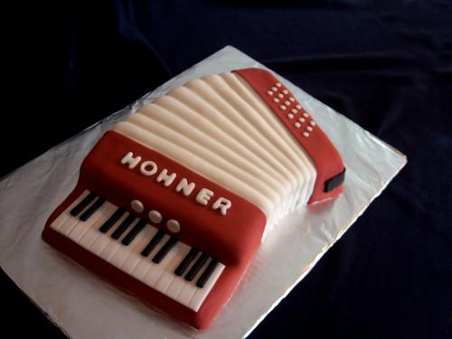 Accordion Birthday Cake