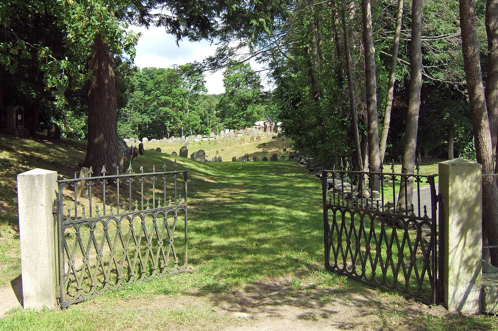 Gate On Cemetery Road Old Norwichtown Burial Ground Flickr