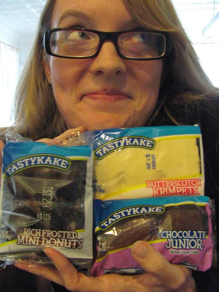 Little Debbie Valentine Cakes Nutrition Info