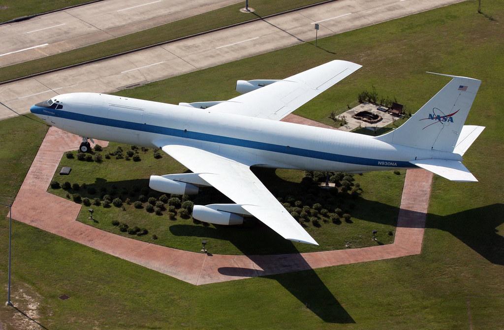 "Basic Training Photos >> Boeing KC-135 - N930NA ""NASA 930"" (Ellington Gate Guard ..."