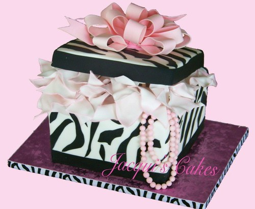 Cake Decorating Gift Experience : Zebra Print Gift Box Cake The