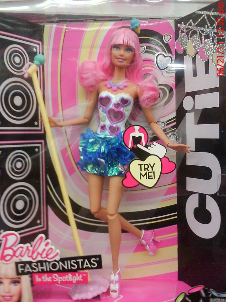 Barbie fashionistas in the spotlight cutie doll