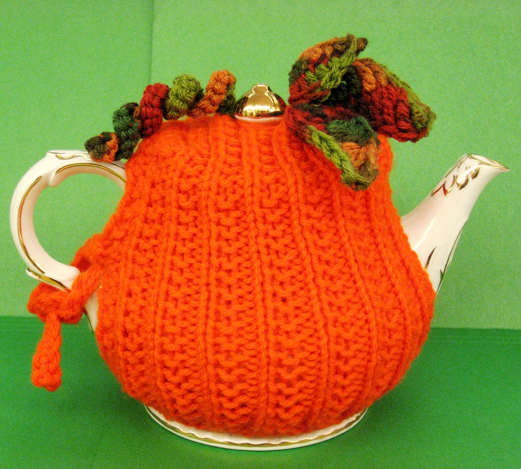 Knitted Pumpkin Tea Cozy w/crocheted leaves Ellen Bloom ...