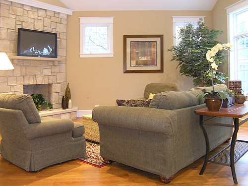 2626461491 8d288ae9d3 Tips To Make Your Home More Attractive To Buyers