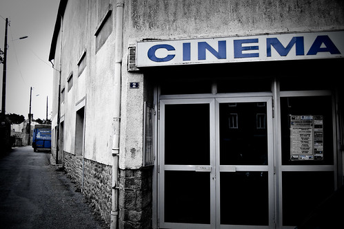 Authentic movie theaters are not all dead ! | by Emmanuel Tabard