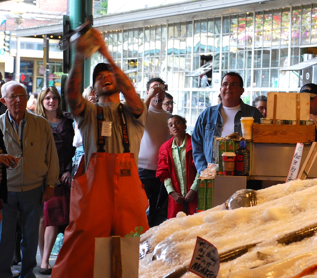Catching the flying fish pike place fish co has gained for Flying fish seattle
