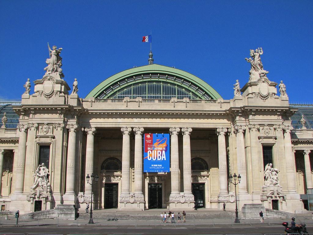 Le grand palais facade the grand palais grand palace for Salon d honneur grand palais