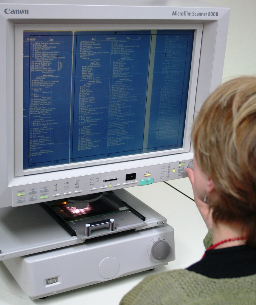 New Microfiche/film Reader