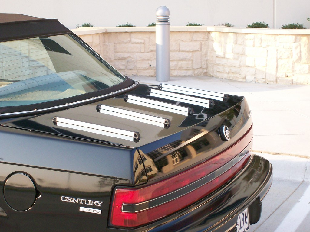 Trunk Mounted Luggage Rack The Luggage Rack Was Added On A Flickr