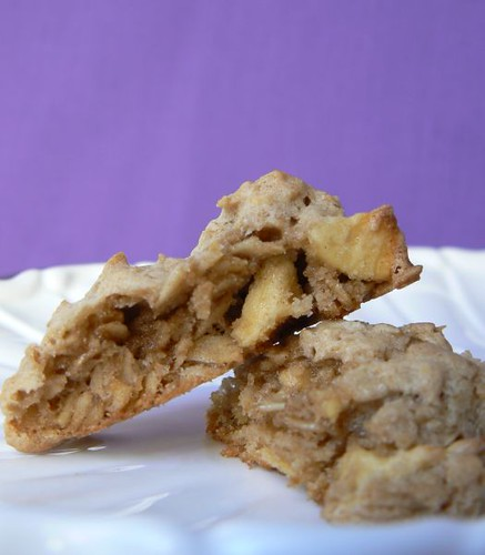 Apple Cinnamon Oatmeal Cookies | Rachelle @ Mommy? I'm Hungry ...