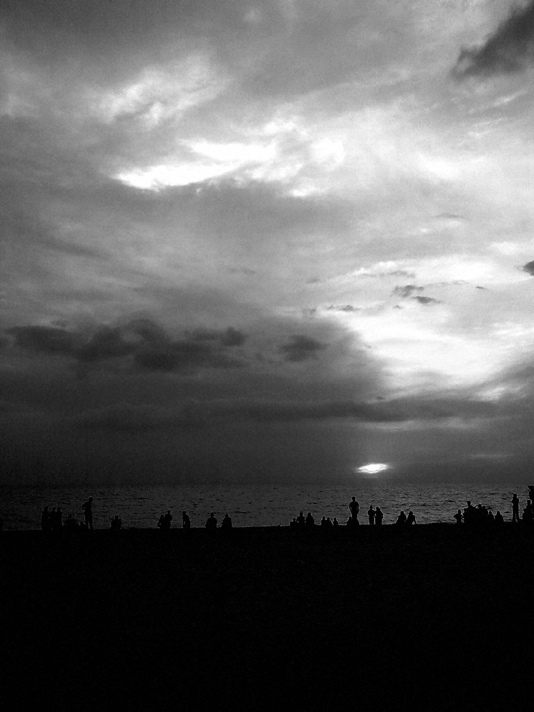 December_Sunset_BW