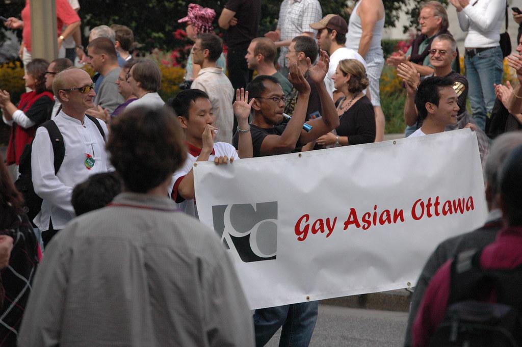 Азиаты гей групповуха