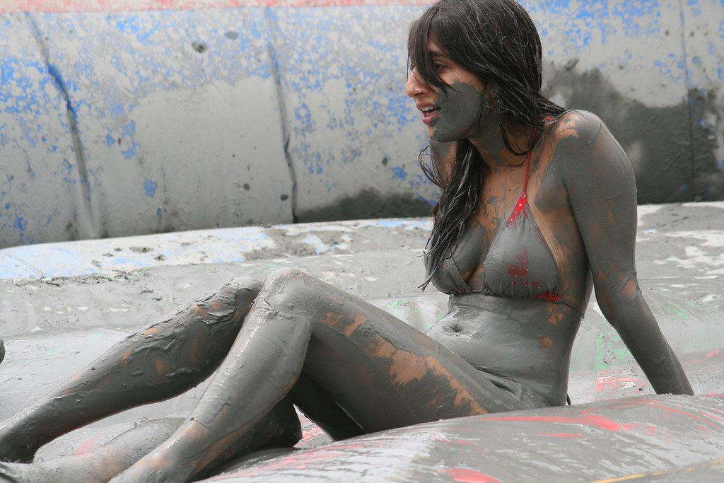 девушки с грязными писями
