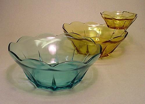 Anchor Hocking Small Glass Bowls