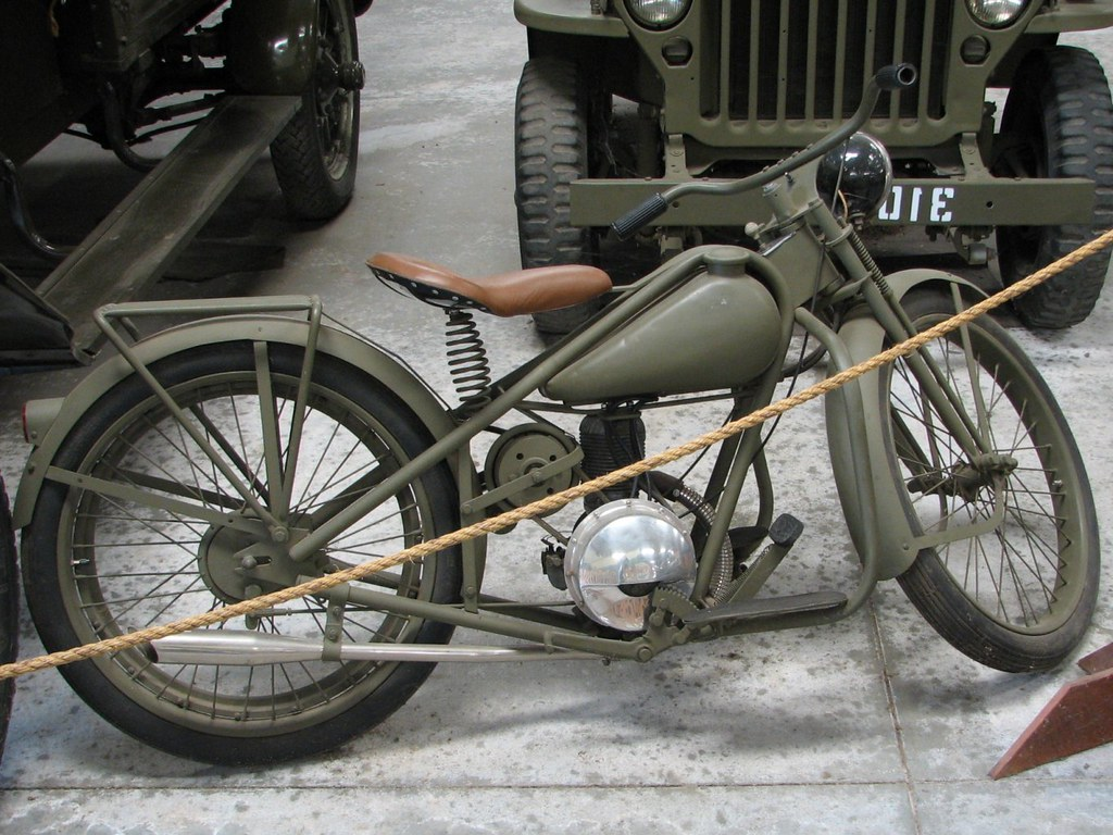Simplex Servi Cycle Military Motorcycle 3 Photographed